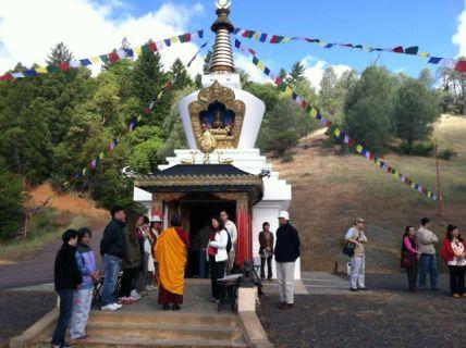 Explaining Benifits of Stupa-small