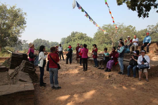11 Group prayer at Eastern Gate